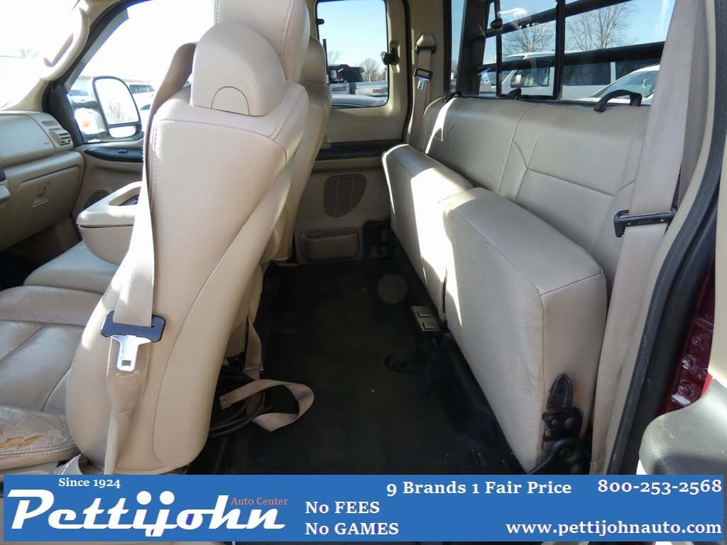 Pre-Owned 2005 Ford F-350SD XLT