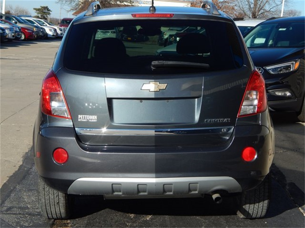 Pre-Owned 2013 Chevrolet Captiva Sport LT