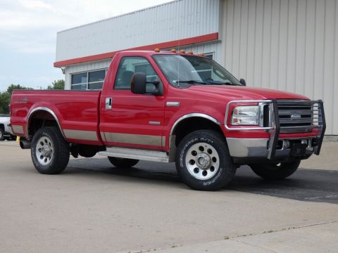 Pre-Owned 2005 Ford F-350SD